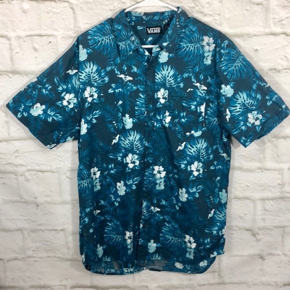 050f25f4 Vans Men's Hawaiian Tropical Print Button Down. M_5aebce5846aa7ca61eddf1a1